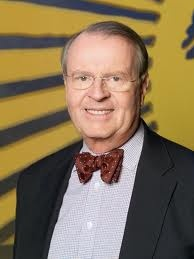 Charles Osgood. Avid bow tie collector, piano player, and host of CBS Sunday Morning. One of the best programs on television today. I love thee..