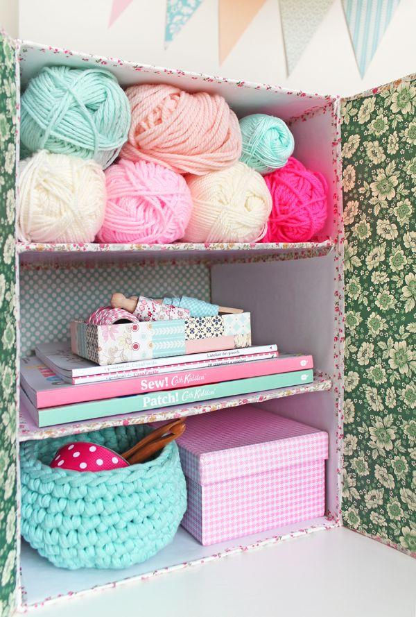 Manuki's ... a place of my own.: [DIY] Riciclo creativo: Mini libreria