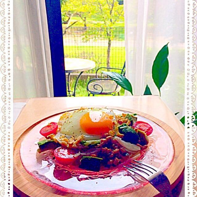 おはようございます☀️ 昨日のひとりランチです 前にアボトマ納豆丼は作って食べた事があったのでパスタも絶対美味しいはずやっぱり美味しい おかなさんまたお世話になりました美味しいレシピありがとう プーティさんがとっても美味しそうにパスタで作ってらっしゃるのをみて食べたくなったので食べ友お願いします 今日からわんこを連れて福島~山形に旅行に行ってきま〜す - 340件のもぐもぐ - アボトマ納豆パスタ                  おかなさんの料理 簡単♡            美肌♪アボトマ納豆丼 by Kuuchan