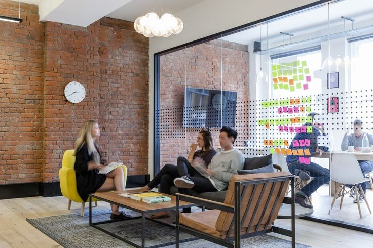 """Ragged Edge, a London-based branding agency that brings brandsto life through design, digital and events, recently moved into a new office which was designed by interior design firmPeldon Rose. """"With ... Read More"""