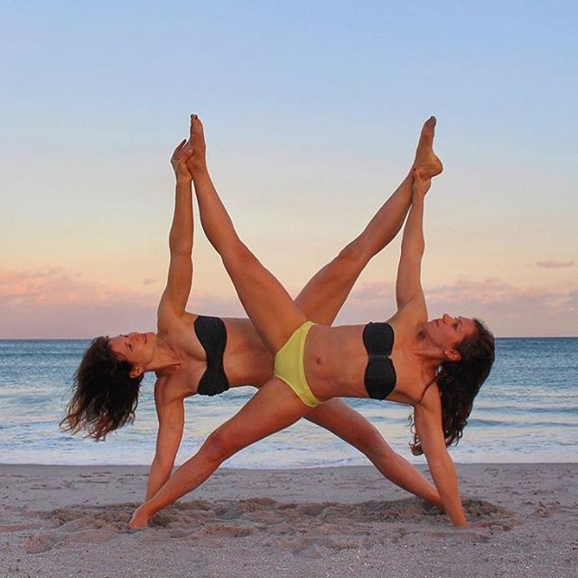 Beach, Acro Yoga, & Sunsets  this photo is amazing!!! Side plank