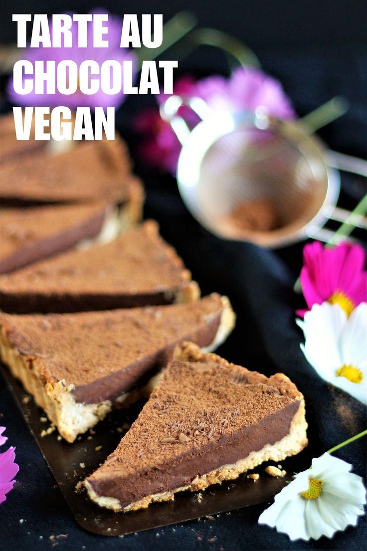 Salut tout le monde, Aujourd'hui on végétalise un grand classique, la tarte au chocolat ! :-D J'adore ce dessert, qui est vraiment inratable et à la portée de tout le monde. Une recette…