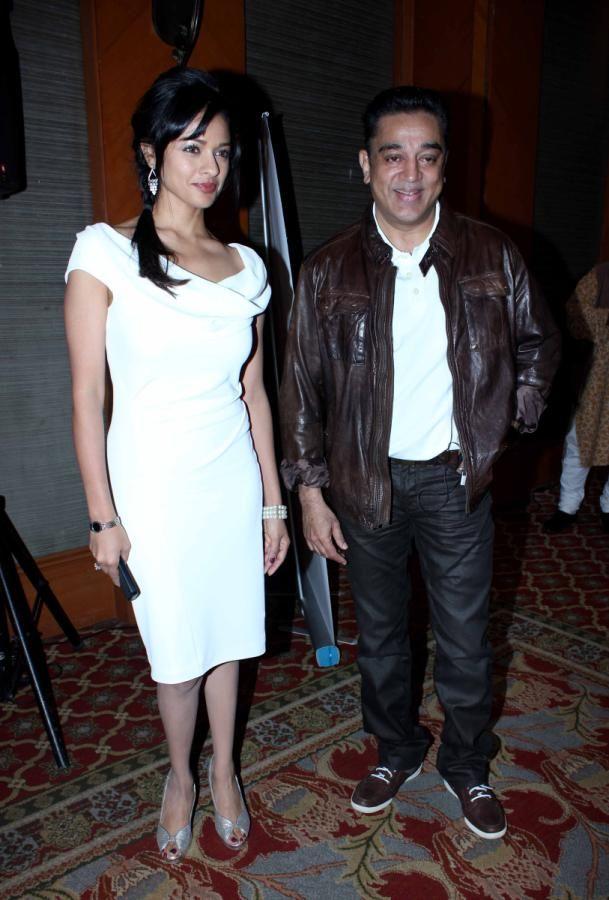 Kamal Hassan & Pooja Kumar @ Vishwaroop Movie Press Meet