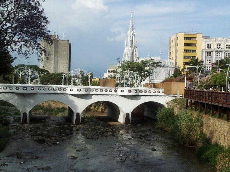 Iglesia La Ermita #CaliCo #RíoCali