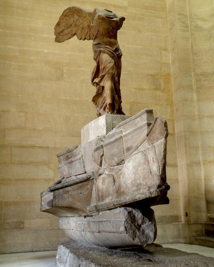 an analysis of the greek sculpture nike of samothrace What features of the diskoblos are characteristic of early classical greek sculpture  that identify the nike of samothrace as a hellenistic sculpture 1)realistic .