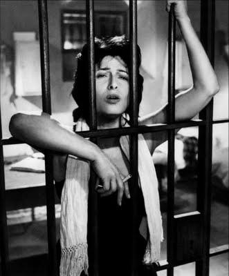 """Anna Magnani in """"Nella città l'inferno"""" (1958)"""
