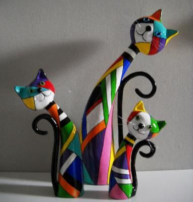 """Trio"" by Janneke Neele. http://www.papiermache.co.uk/gallery/artist/296/ Great idea for polymer clay.                                                                                                                                                      More"