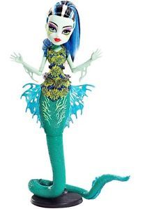 Monster High Great Scarrier Reef Glowsome Ghoulish  Frankie Stein  Doll NEW