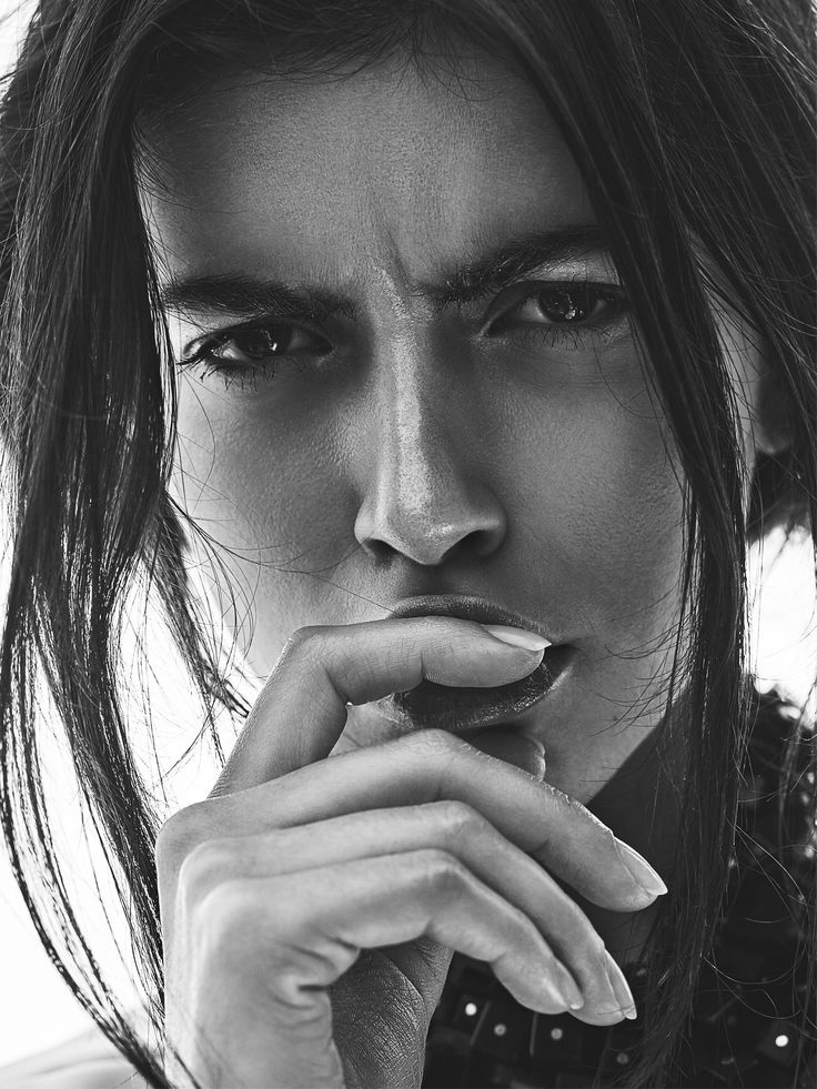 #Portrait #Retouching #Makeup #Oil #Skin #Model #Sexy #Skin
