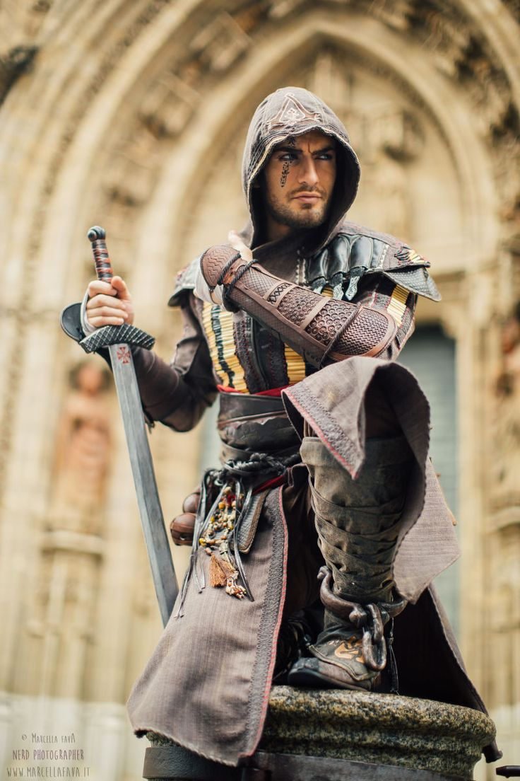 This 'Assassin's Creed' Cosplay Is Much Better Than The Film