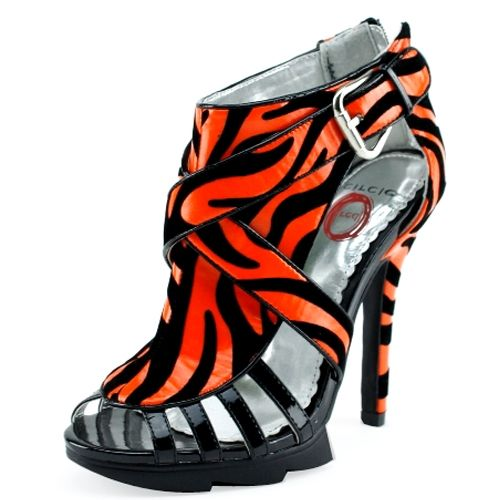 Zebra Orange and Black Shoe with a  4 1/2 inch heel and 1 inch platform!!!  Looks great when paired with the right outfit! Check them out at Ladies Paradise Shoes