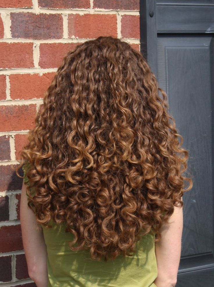 What products to use on curly hair-3976