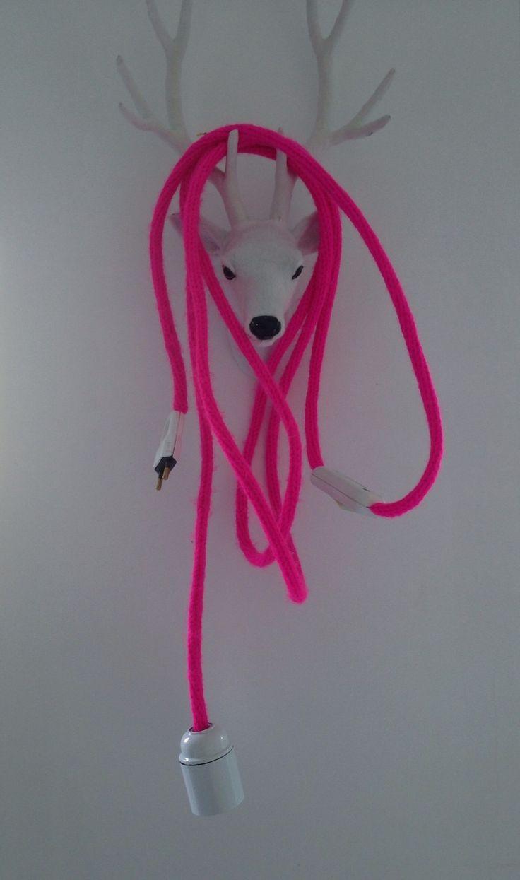 Baladeuse en tricotin de couleur rose Fluo : Luminaires par une-pluie-d-etoiles