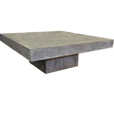 Table basse design en béton de couleur gris moyen. Table beton de salon originale. Utilisation en intérieur ou en extérieur, traitement anti taches. En stock, livraison rapide.