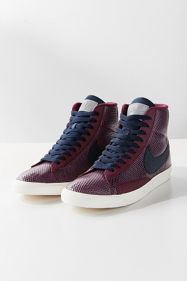 4dcbdca8 Shop Nike Blazer Mid Vintage Sneaker at Urban Outfitters today. Discover  more selections just like this online or in-store. Shop your favorite  brands and ...