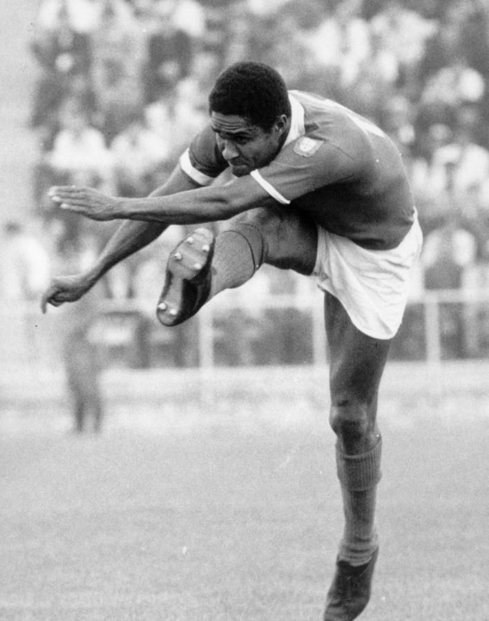 Eusebio the KING DESCANSE EM PAZ / R.I.P. REST IN PEACE....