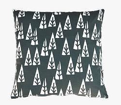 Cushions // Trees - Pom le bonhomme