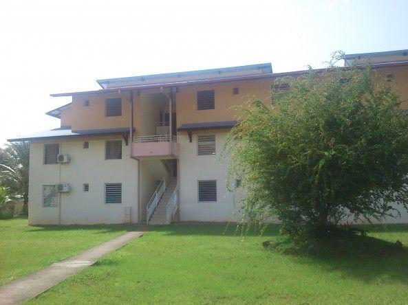 Achat d'un appartement T3 avec parking, deux chambres et climatisation