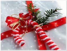 Süße Zuckerstange als Weihnachtsdeko - Kostenlose Häkelanleitung