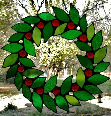 Stained+Glass+Christmas+Wreath