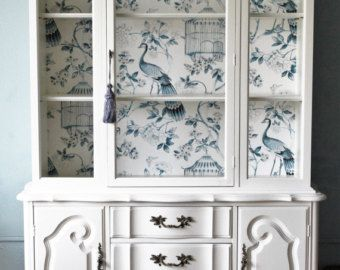 White French China Cabinet sold di LaVantteHome su Etsy