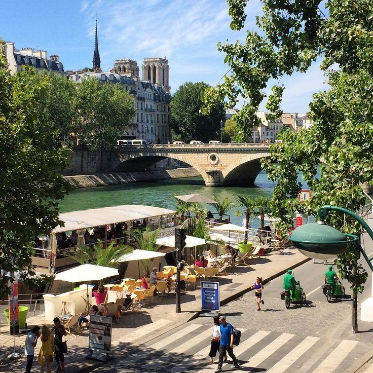 """Paris Plage - Paris, France (@paris_planet) su Instagram: """"🇪🇸Los muelles del Sena (Rives de la Seine) peatonalizados y transformados en paseos y parques…"""""""