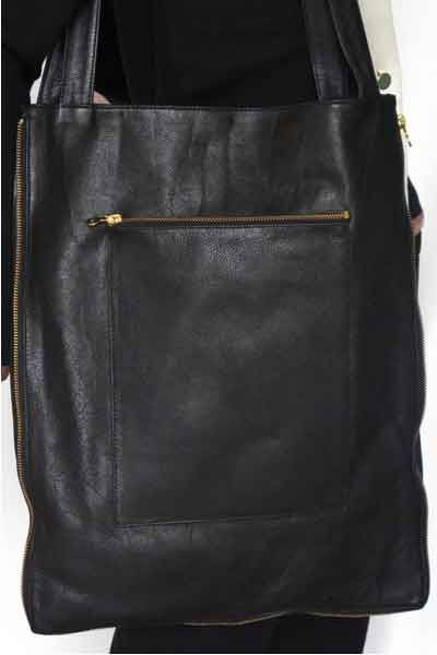 The Big Bag Theory - Black Leather Bag with All Around Zipper - inaccessory