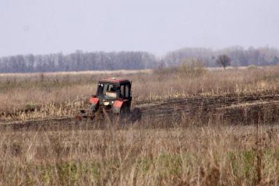 Noile prevederi ale Legii Cooperativelor Agricole http://www.antenasatelor.ro/calendarul-gospodarului/8158-noile-prevederi-ale-legii-cooperativelor-agricole.html