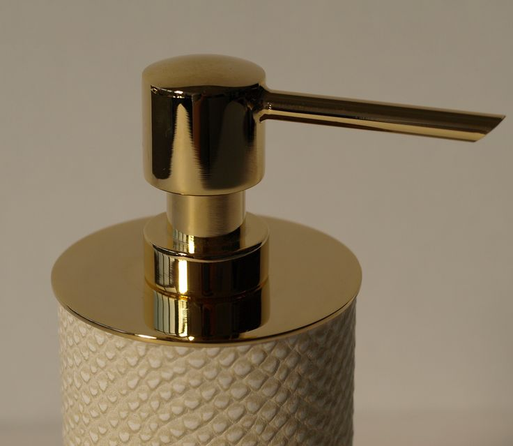 30 Best Images About Luxurious Leather Tissue Boxes Soap And Lotion Dispensers On Pinterest