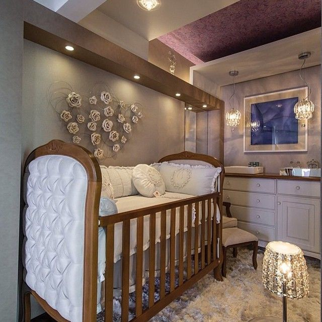 Bedroom Decor With Wood Furniture