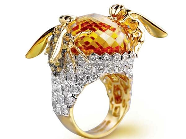Farah Khan's limited edition 3D jewellery ... just so me ... all heart