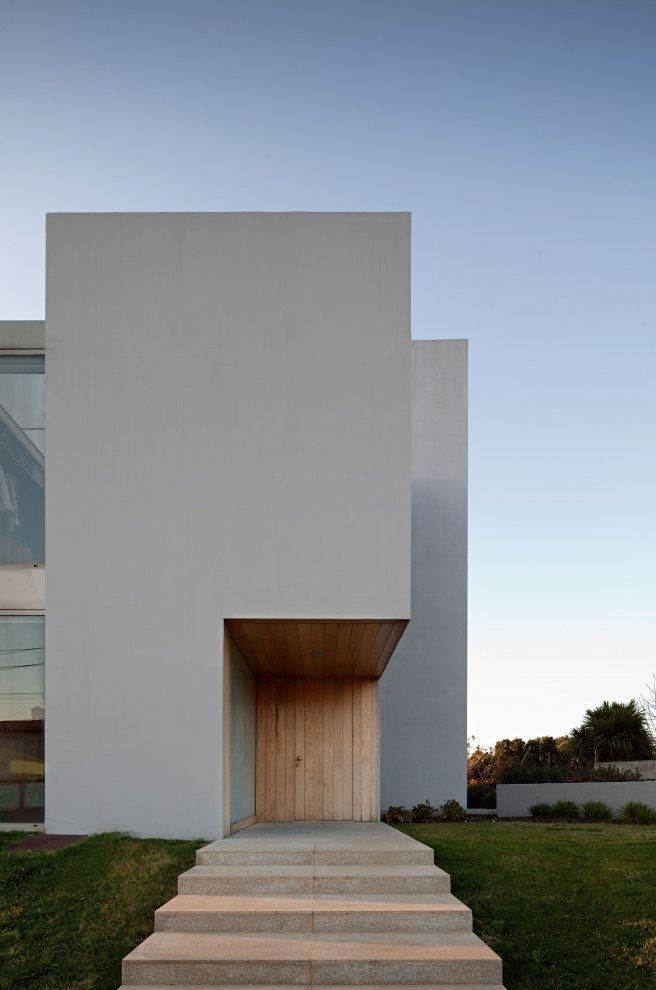Paramos House by Atelier Nuno Lacerda Lopes in Espinho, Portugal