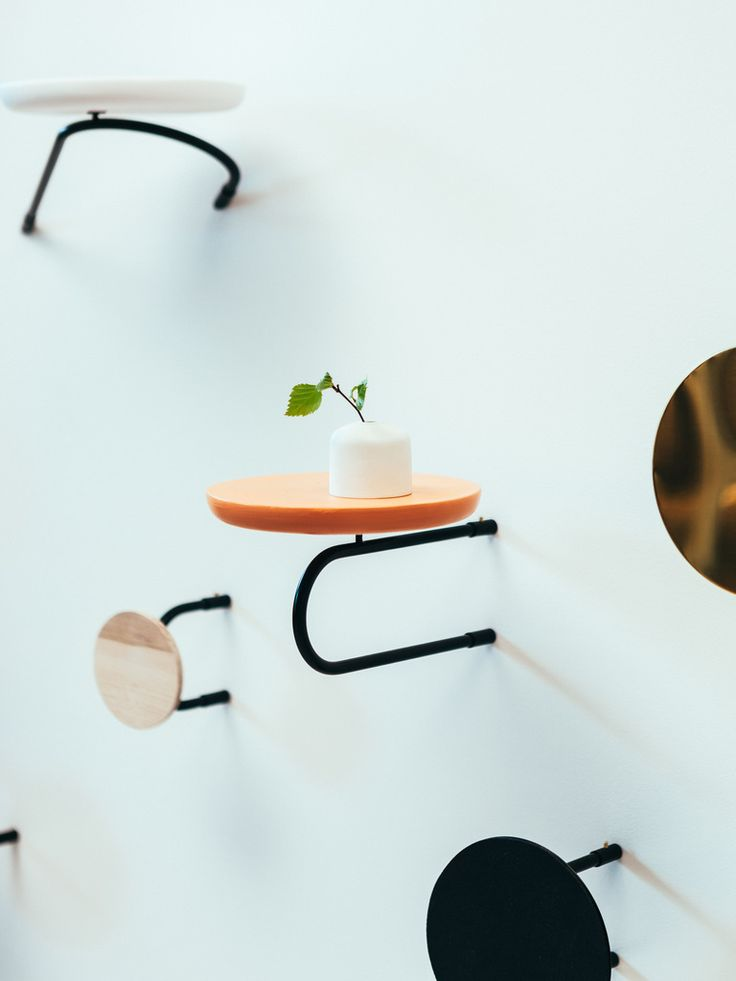 Tovi shelf composition is a study of line and surface. It consists of functional objects that can be used in various places. Design: Hanna-Kaarina Heikkilä & Anni Pitkäjärvi