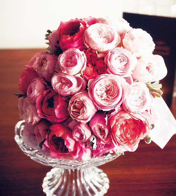 ピンクの濃淡で魅せる贅沢なバラブーケ