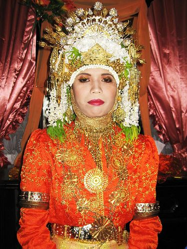 Aceh - Region of Indonesia - Traditional Wedding Dress