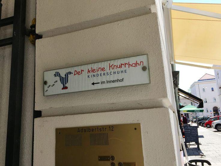 MÜNCHEN - STORE - DER KLEINE KNURRHAHN - The Urban Kids - Kinderladen in München - Kinderschuhe - Kinderschuhladen - Münchnerkindl - kleine Läden München - bisgaard - living Kitzbühel - Spielecke - Kinderspielecke - Einkaufen ohne Stress - Einkaufen mit Kind