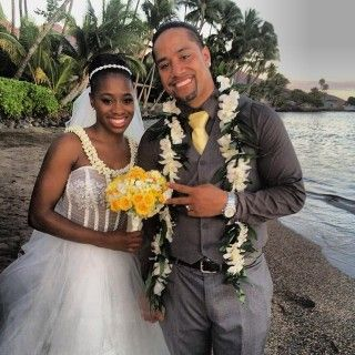 Jon Fatu (Jimmy Uso) married his long-time girlfriend Trinity McCray (Naomi Knight) in Hawaii.
