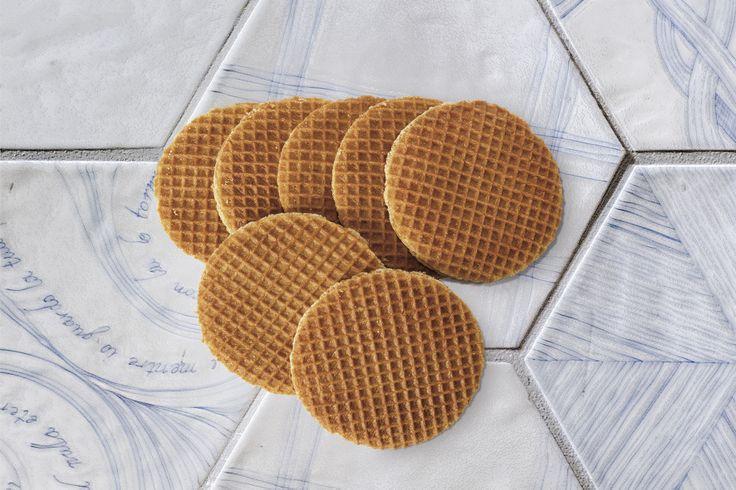 Melograno collection #ornamenta #ceramictiles #biscuits