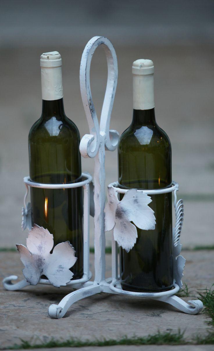 kovaný stojan na víno hand made 40 €