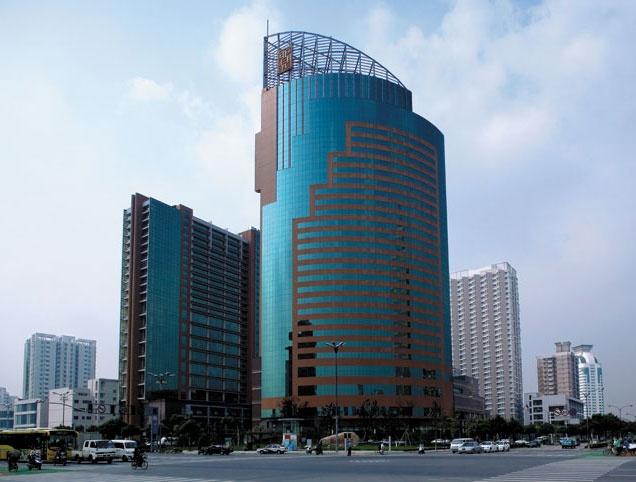 Shangri-La Traders Fudu,  Changzhou: cool lobby, great chef!