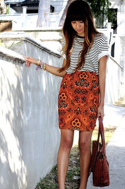 I have not been successfully able to mix and match different prints but I love this. I love stripes and I love the pattern of the skirt. More