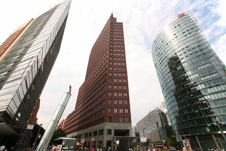 File:Berlin potsdamer platz 2006.jpg