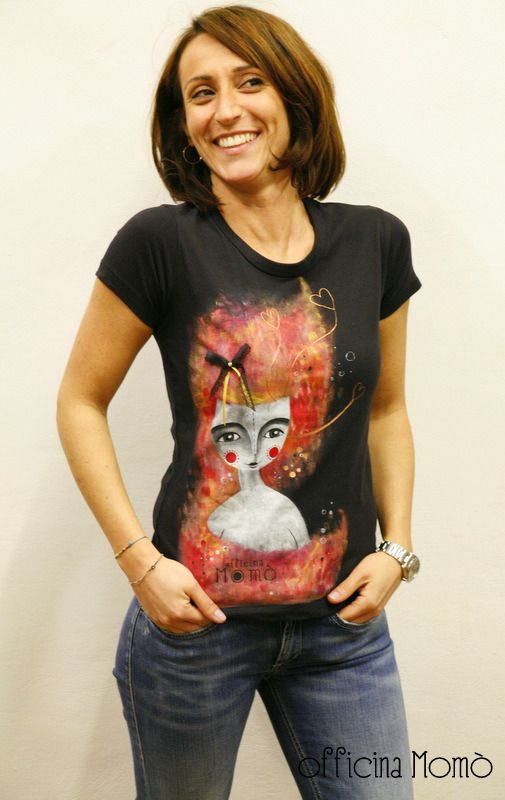 T-shirt da donna dipinta a mano : T-Shirt, canottiere di officina-momo