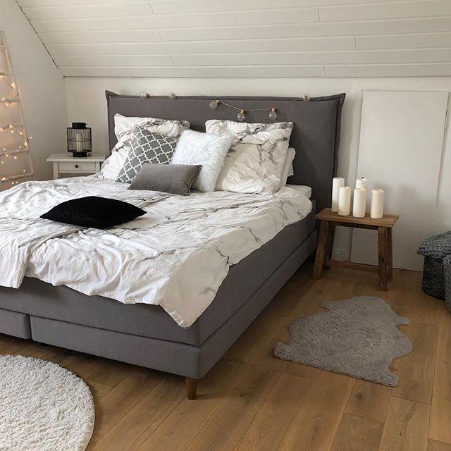 Schlafzimmer Mit Grauem Boxspringbett Einrichten