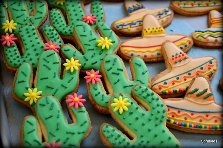 Cactus and sombrero cookies