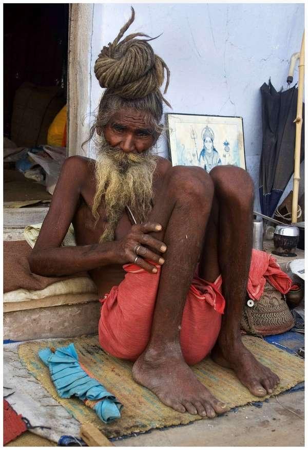 Posing sadhu