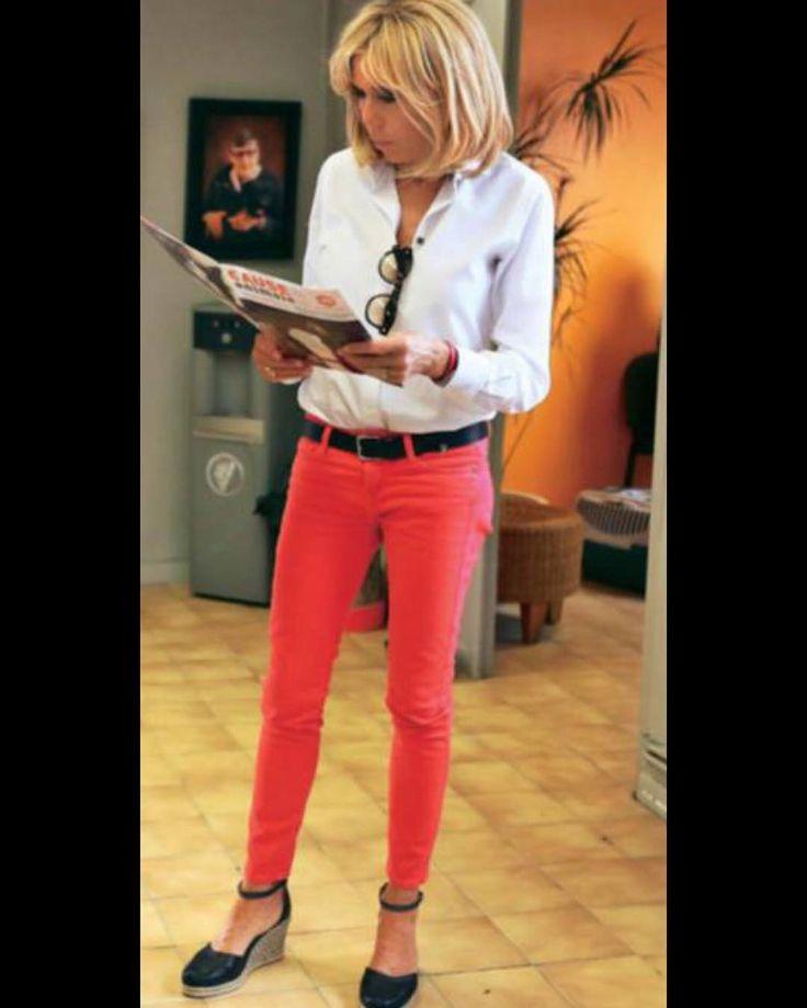 "Polubienia: 83, komentarze: 2 – #BrigitteMacron.France (@brigittemacron.france) na Instagramie: ""#brigittemacron #emmanuelmacron #macron"""