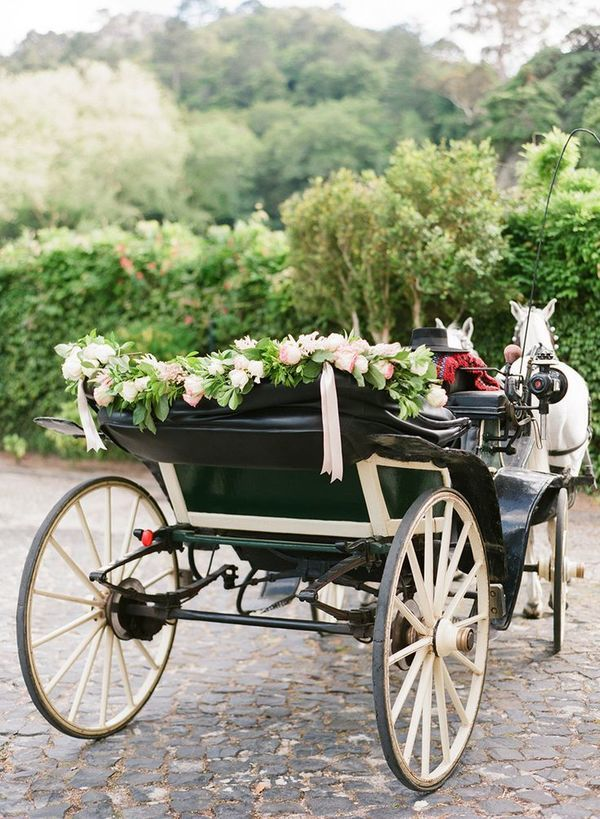 For your wedding day, you should be treated like royalty. And if being a princess means driving away in a horse-drawn carriage, that's exactly what you should have. Bring this vintage glamour to your getaway moment- you won't regret it.