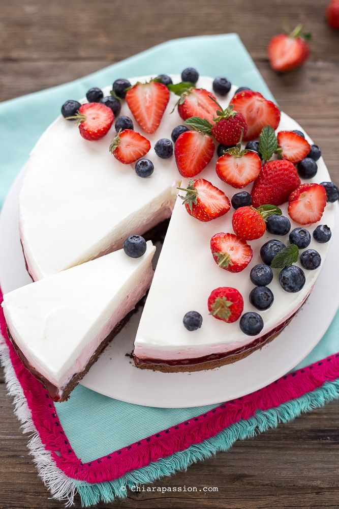 Cheesecake alle fragole - senza gelatina (colla di pesce) - Strawberry cheesecake Chiarapassion
