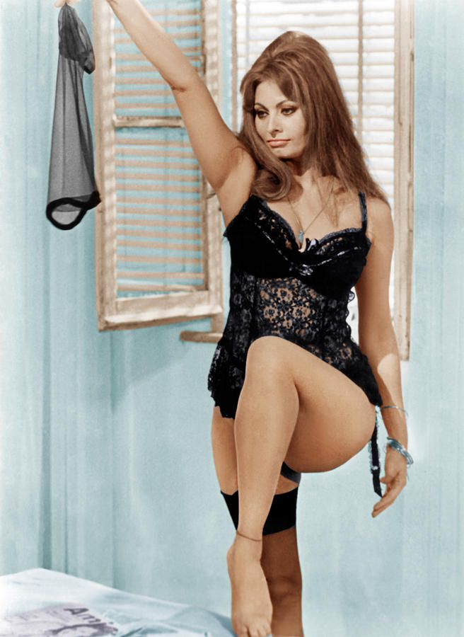 Sophia Loren in Yesterday, Today and Tomorrow. I love her in this movie. Every girl with a passion for style must see this film. She's dressed in Christian Dior and the outfits are to die for.